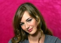 Louise_bourgoin